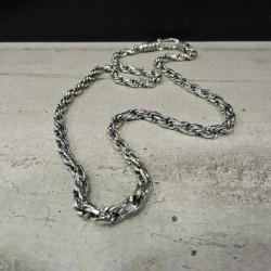 SCH67   silver chain...